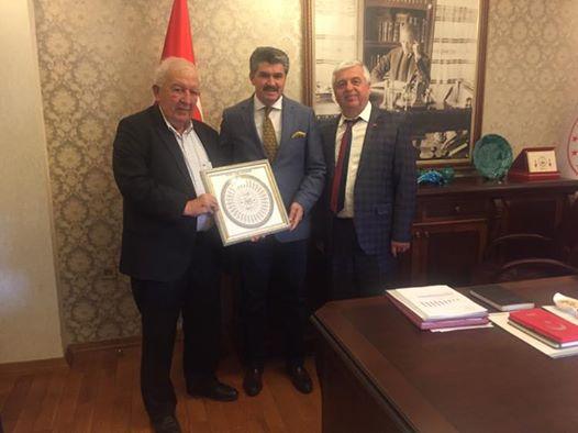 İçişleri Bakanlığı KİHBİ Dairesi Başkanı Olan Hemşerimiz Ömer ULU'yu Yönetim Kurulumuz makamında Ziyarette bulundu